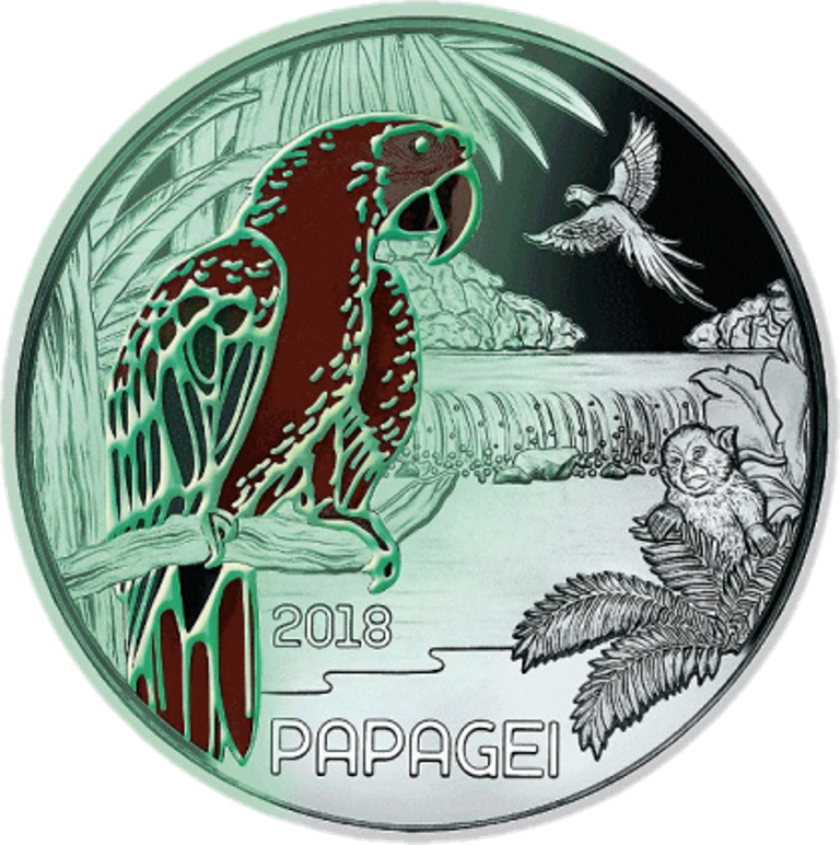 Светящийся попугай, полная серия евробанкнот к ЧМ-2018, пасхальный кролик и другие монеты – изображение 8